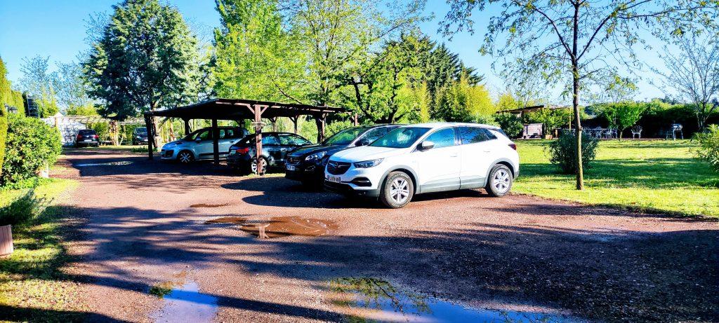 Grand parking des Coquilloux gîte et réception à Castelnau-le-Lez