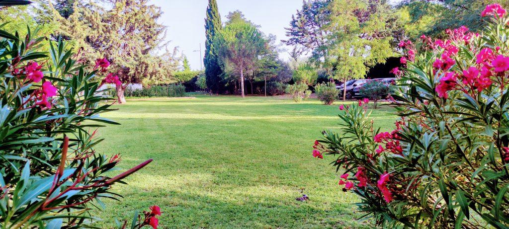 Location du Jardin des Coquilloux idéal pour petite réception familiale, barbecue, after work