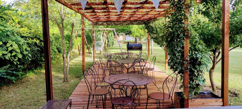 Déco bucolique dans un cadre champêtre à privatier pour vos petites réceptions à Montpellier